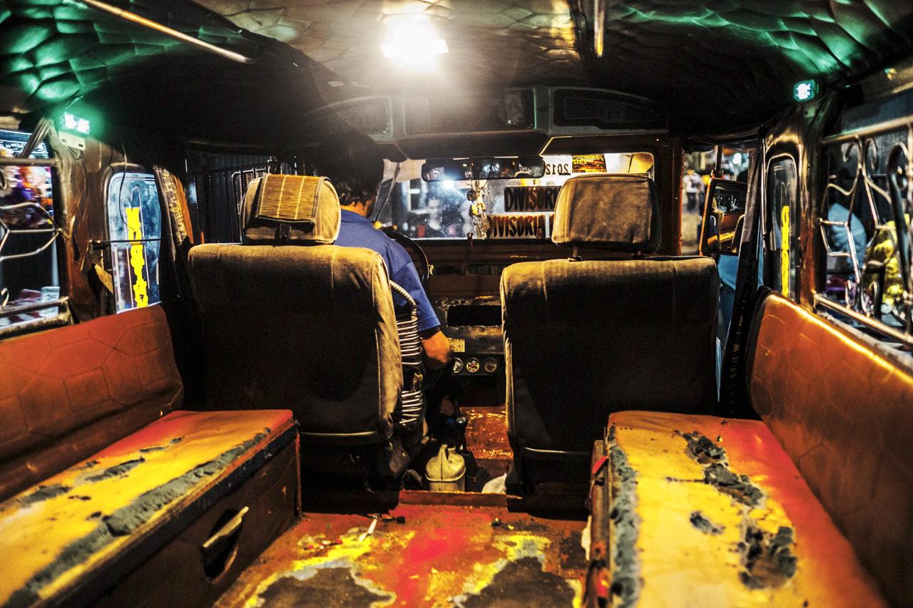 Filipino Jeepneys - commuting cultures25.jpg