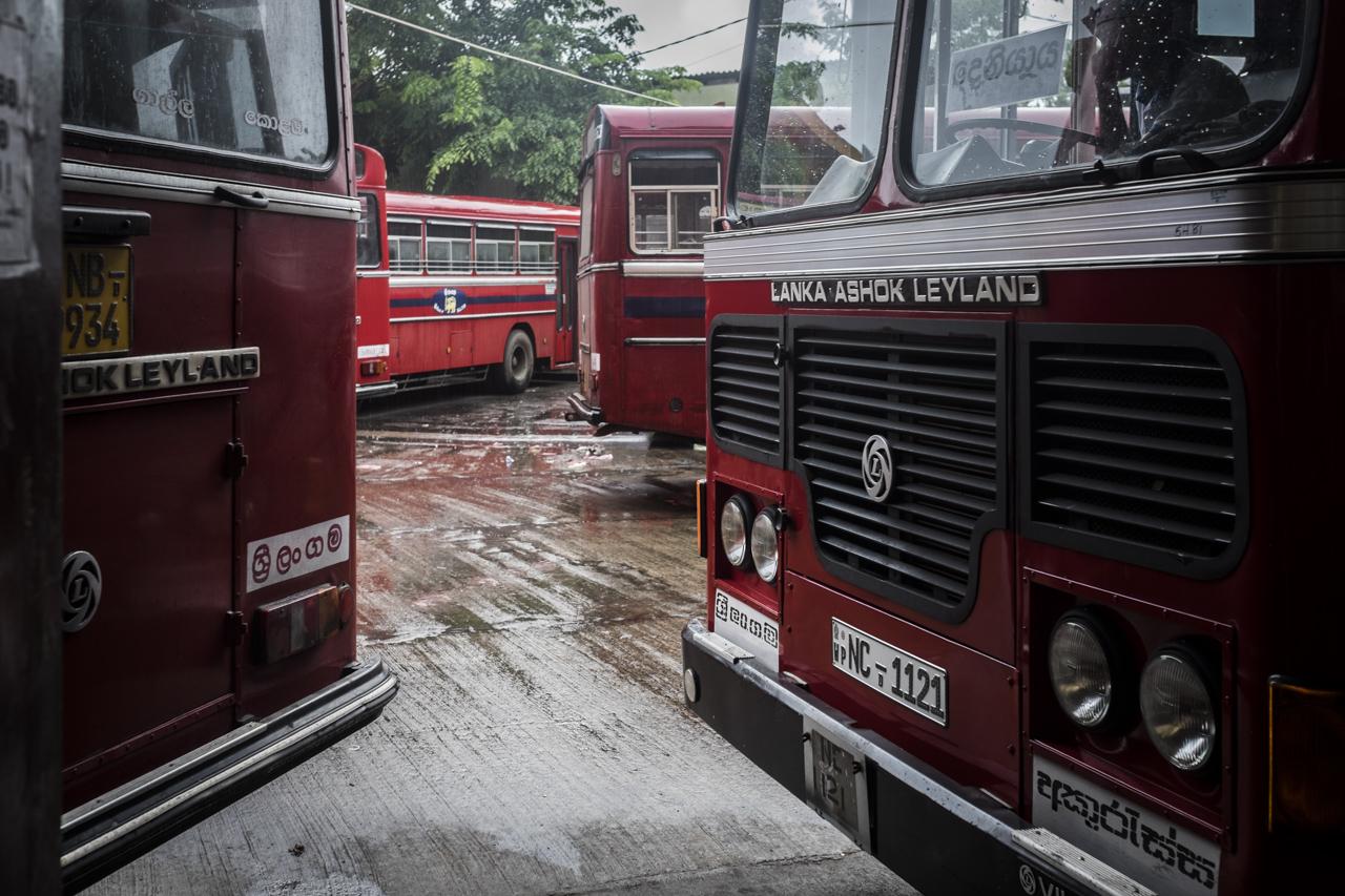 Sri Lanka buses - commuting cultures3.jpg