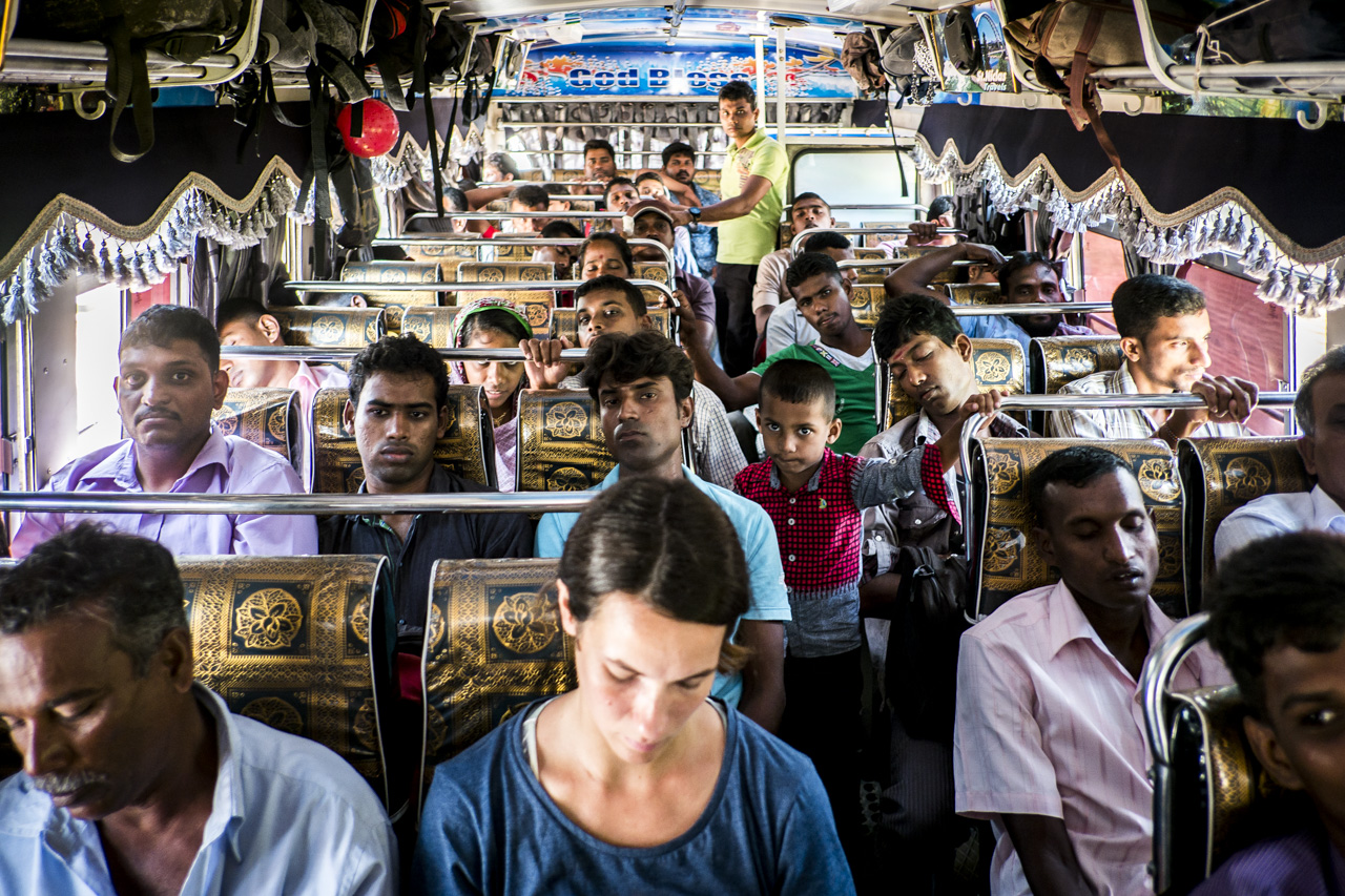 Sri Lanka buses - commuting cultures11.jpg