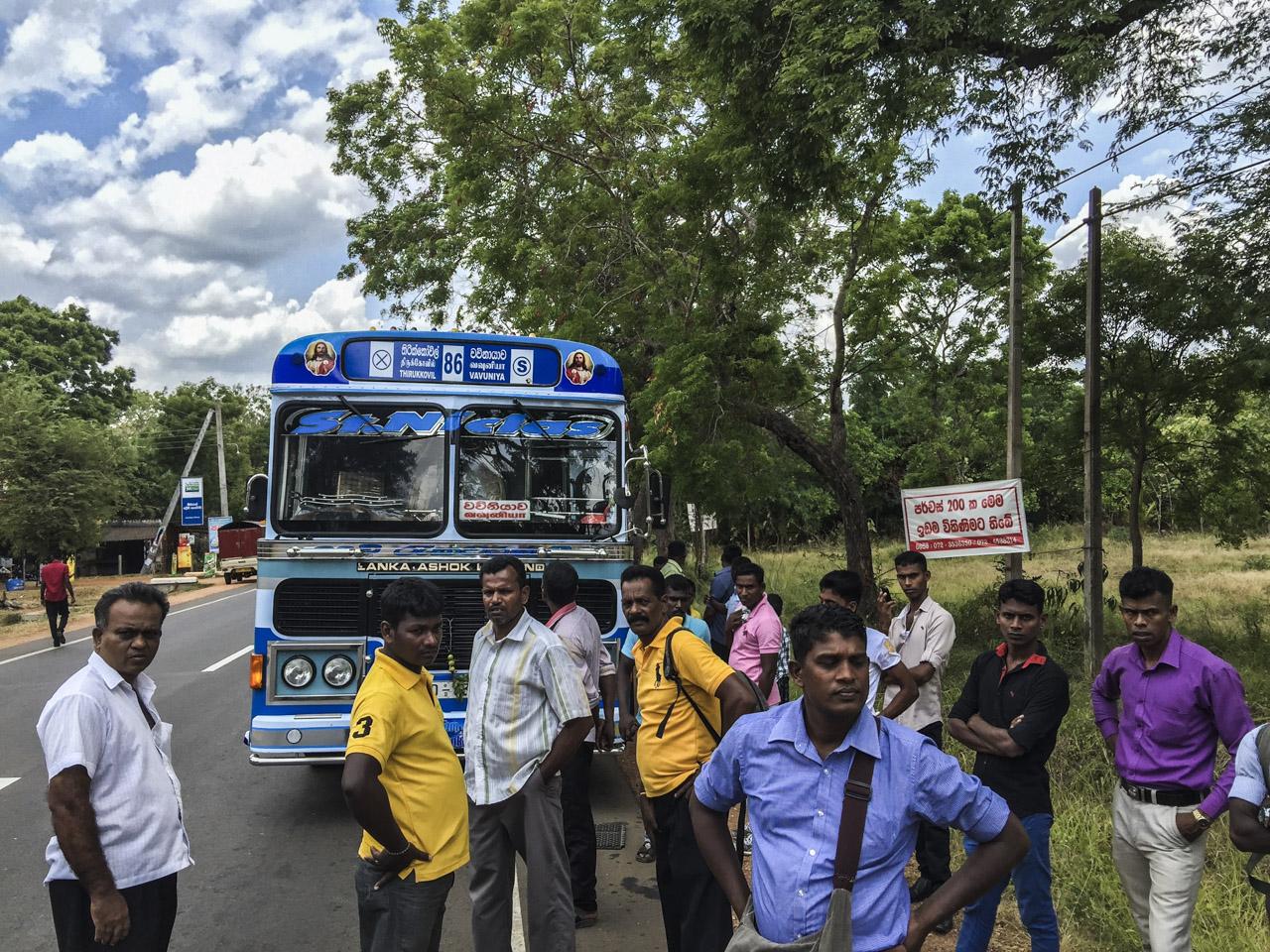 Sri Lanka buses - commuting cultures15.jpg
