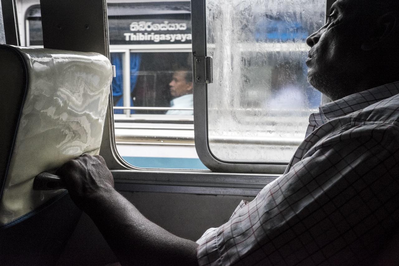 Sri Lanka buses - commuting cultures25.jpg