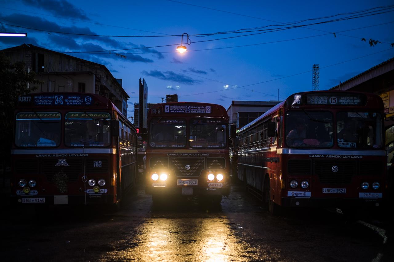 Sri Lanka buses - commuting cultures30.jpg