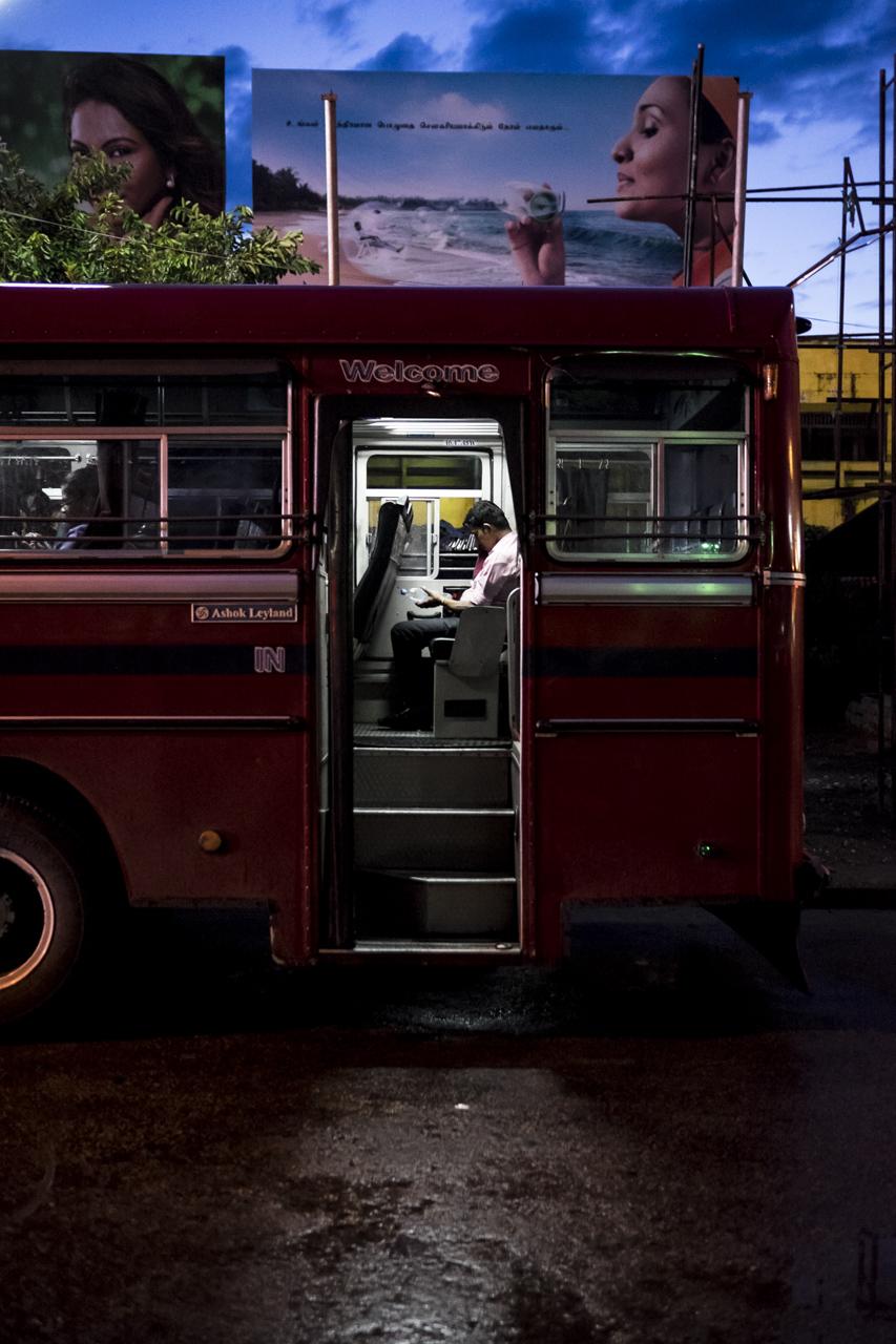 Sri Lanka buses - commuting cultures31.jpg