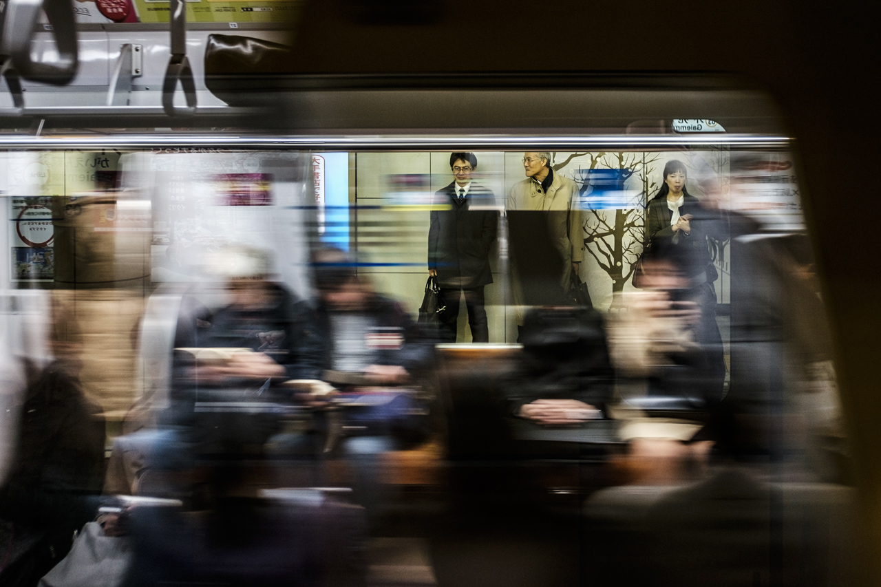 Japan subway and light rail - commuting cultures19.jpg