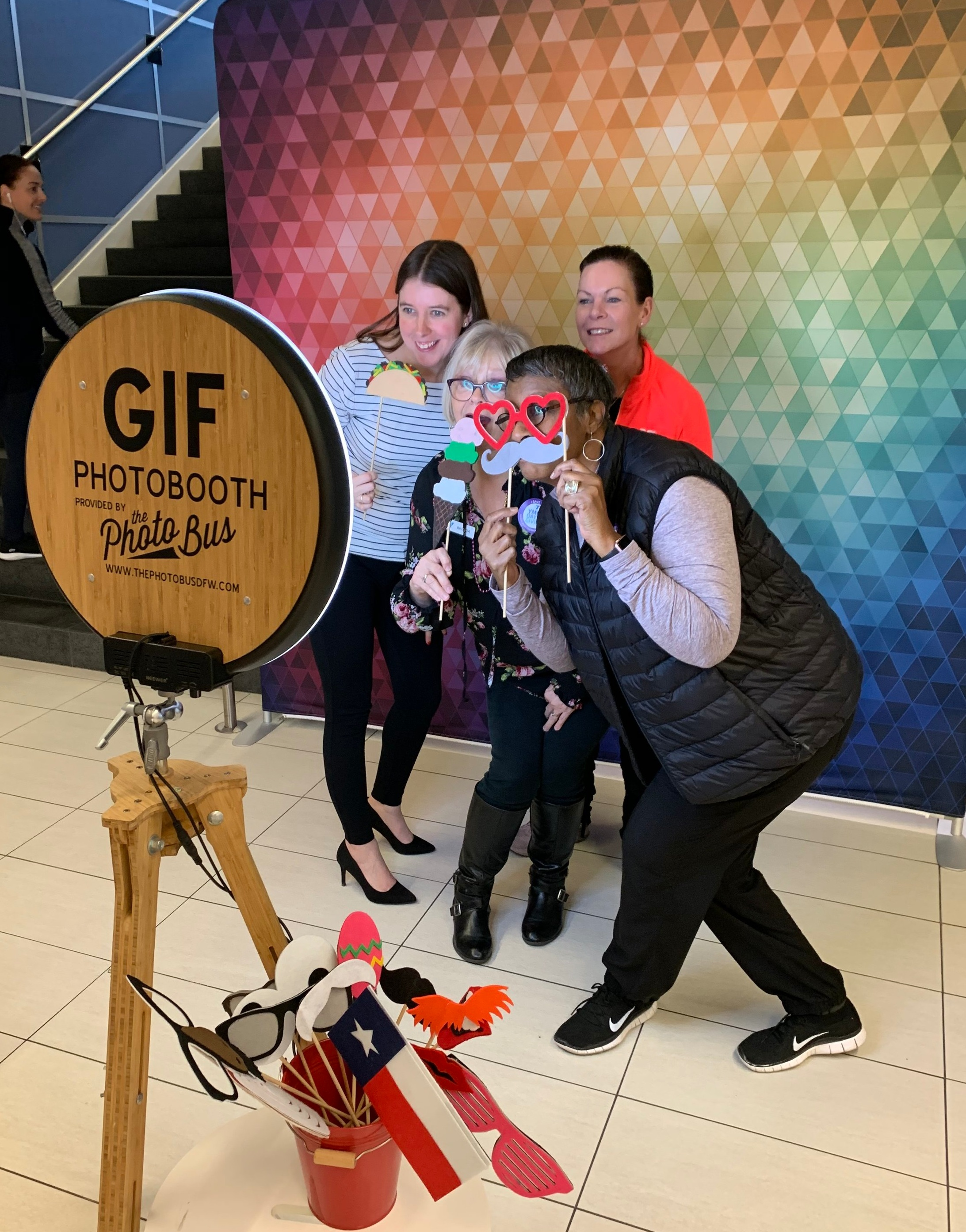 Groups having fun with our GIF Photo Booth. It creates GIFs and Boomerangs, it also offers simple single shots, and offers live props and green screen.