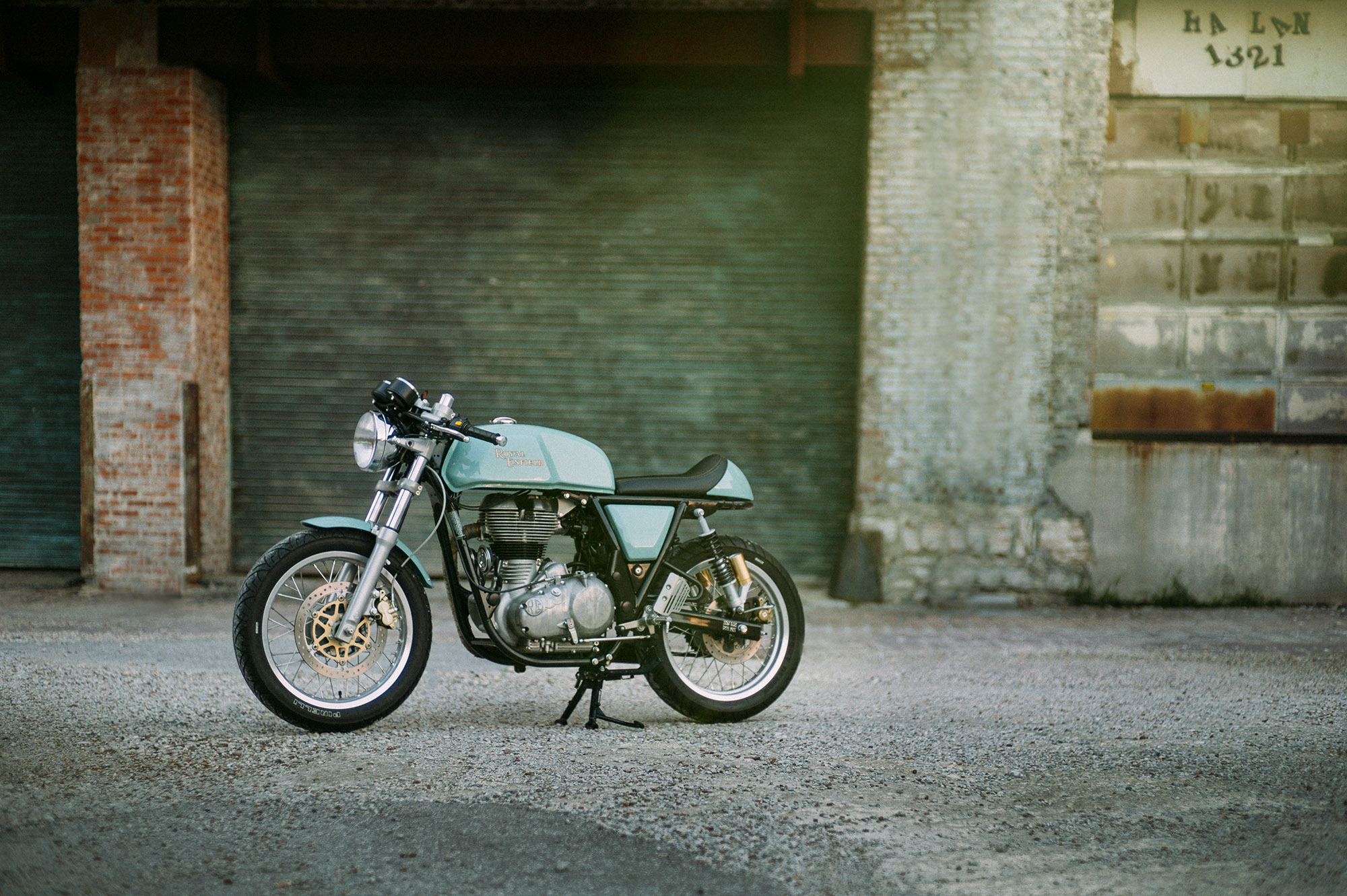 travis_young_royal_enfield_chip_03.JPG