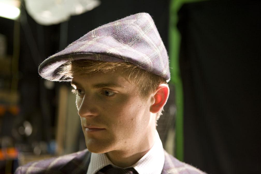 'Windswept' flat cap