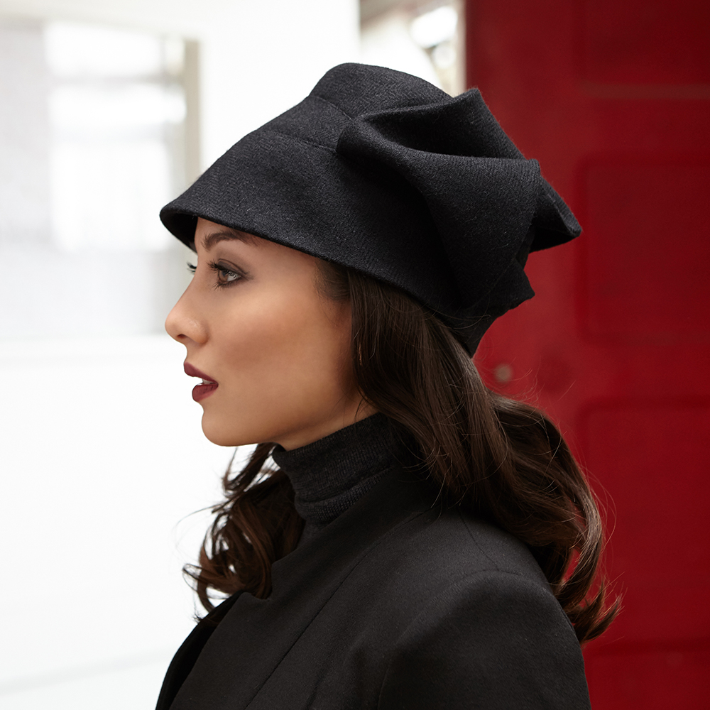 KarenHenriksen-Emma-Profile-185-PhotoJamesChampion.jpg