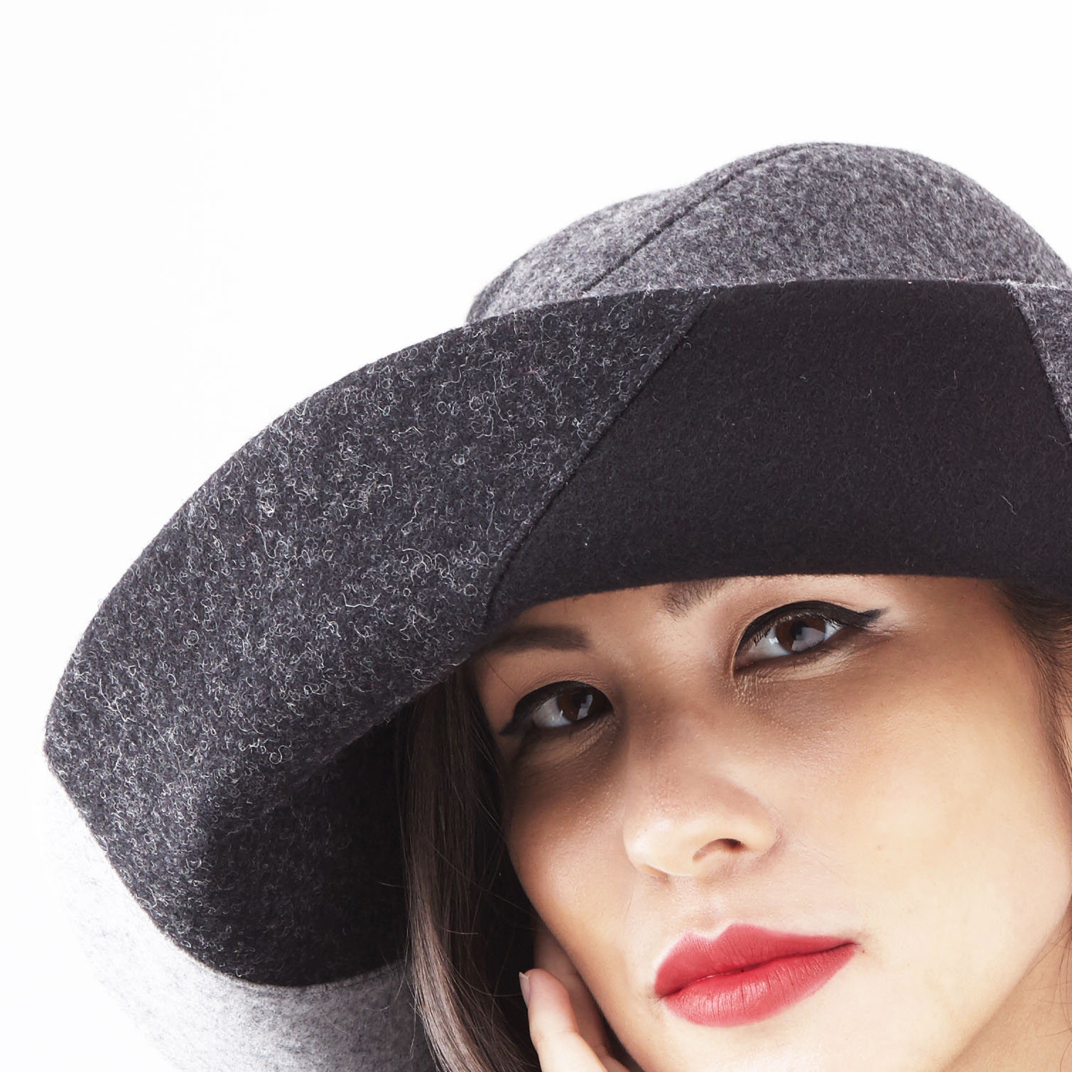 Alexa, women's brimmed hat in grey by Karen Henriksen