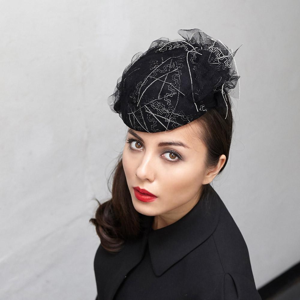 Edith/18  in vintage veiling