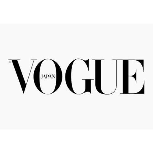 Vogue+Japan+logo1.jpg