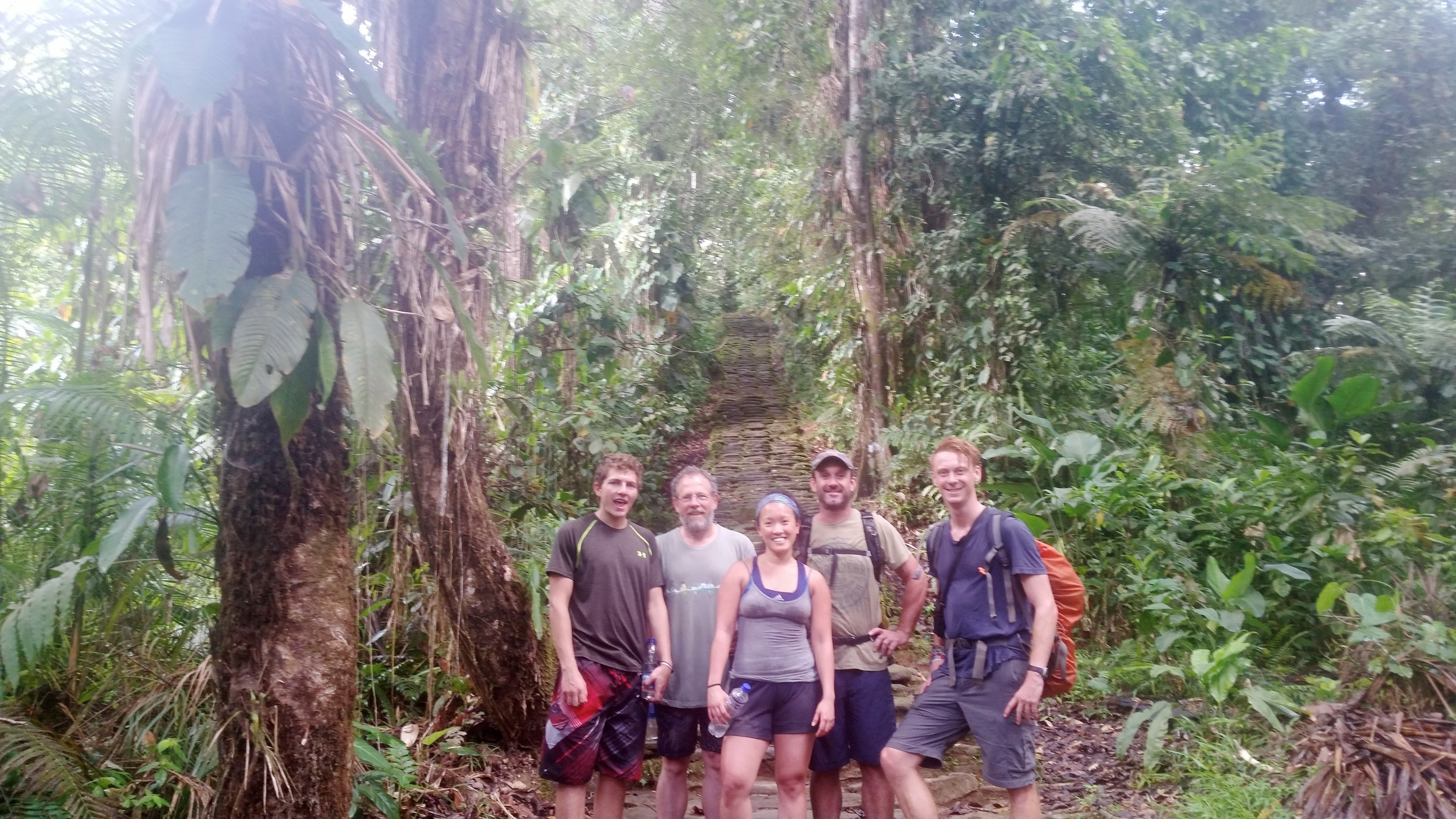 Los chicos + la reina after we reached the Lost City!