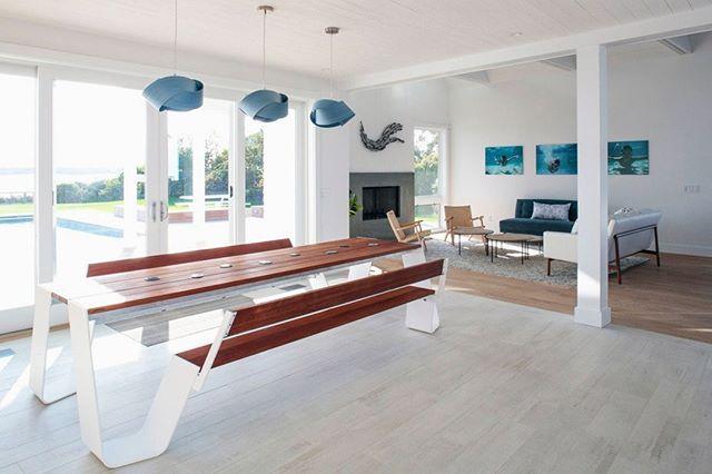 Sunny mornings at our East Lake Drive project.  Design by @aliciamurphydesign / Architect: @bergdesignnyc / 📸: @strifflerphoto . . . #aliciamurphydesign #custominteriors #homesweethome #luxuryliving #hamptonshome #homestyle #modernhomes #styleathome #homedecor #customdesign #designandbuild #customfurniture #creativityfound #designdetails #interiordetails #homedesign #homerenovation #flashesofdelight #cozyhome #interiorstyling #dayinthelife #interiordesignerlife #nycinteriordesign #customhomes #customlifestyle #homestyling #ihaveathingwithfloors #diningroomdesign #openconcept #livingroomdesign