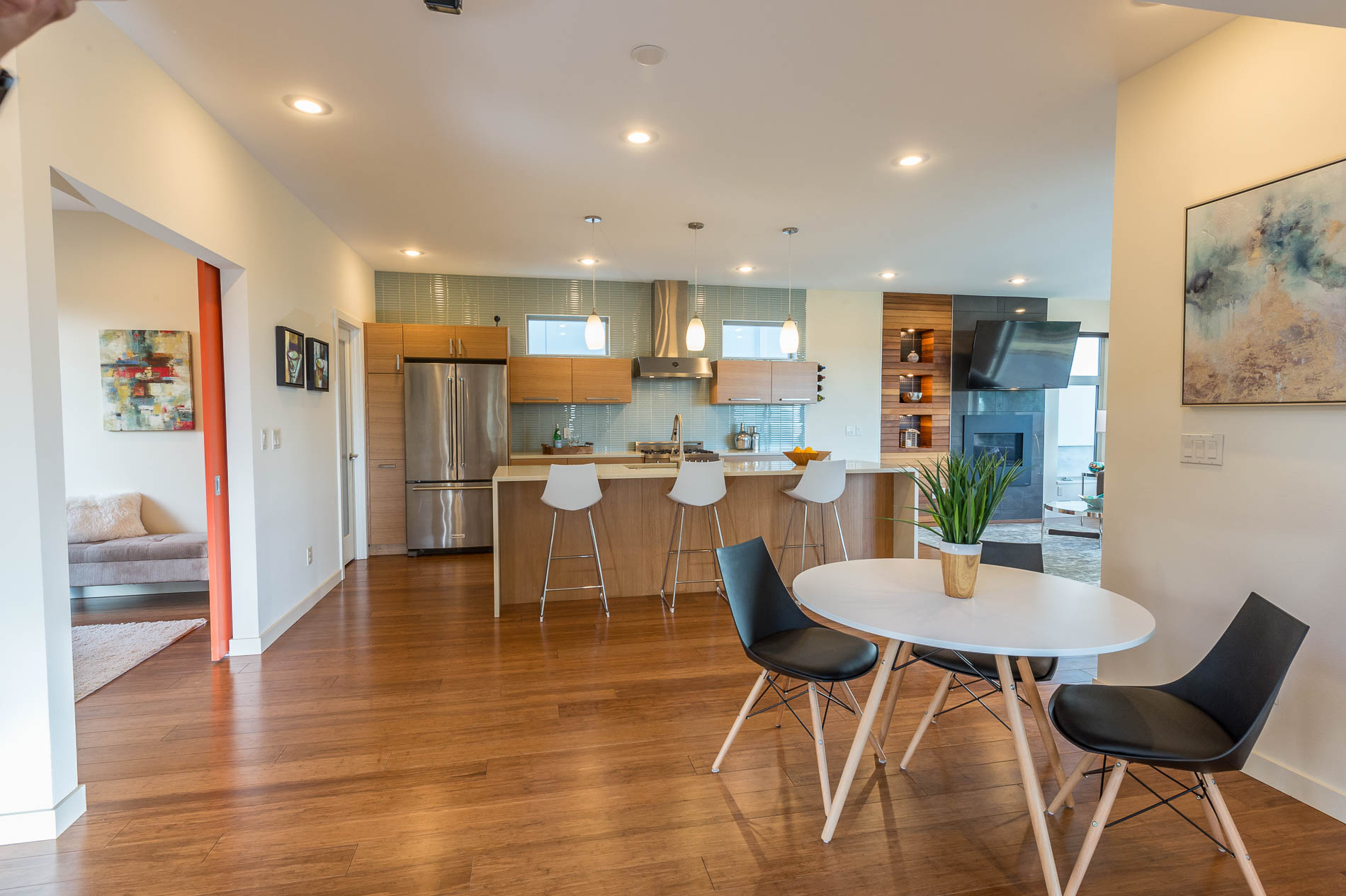 Modern Georgetown Home Staging