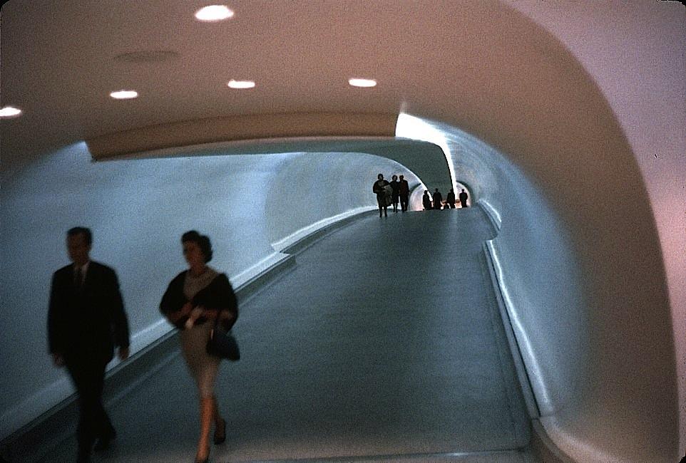 vintagetravels :   TWA Flight Center, Idlewild Airport, October 1962