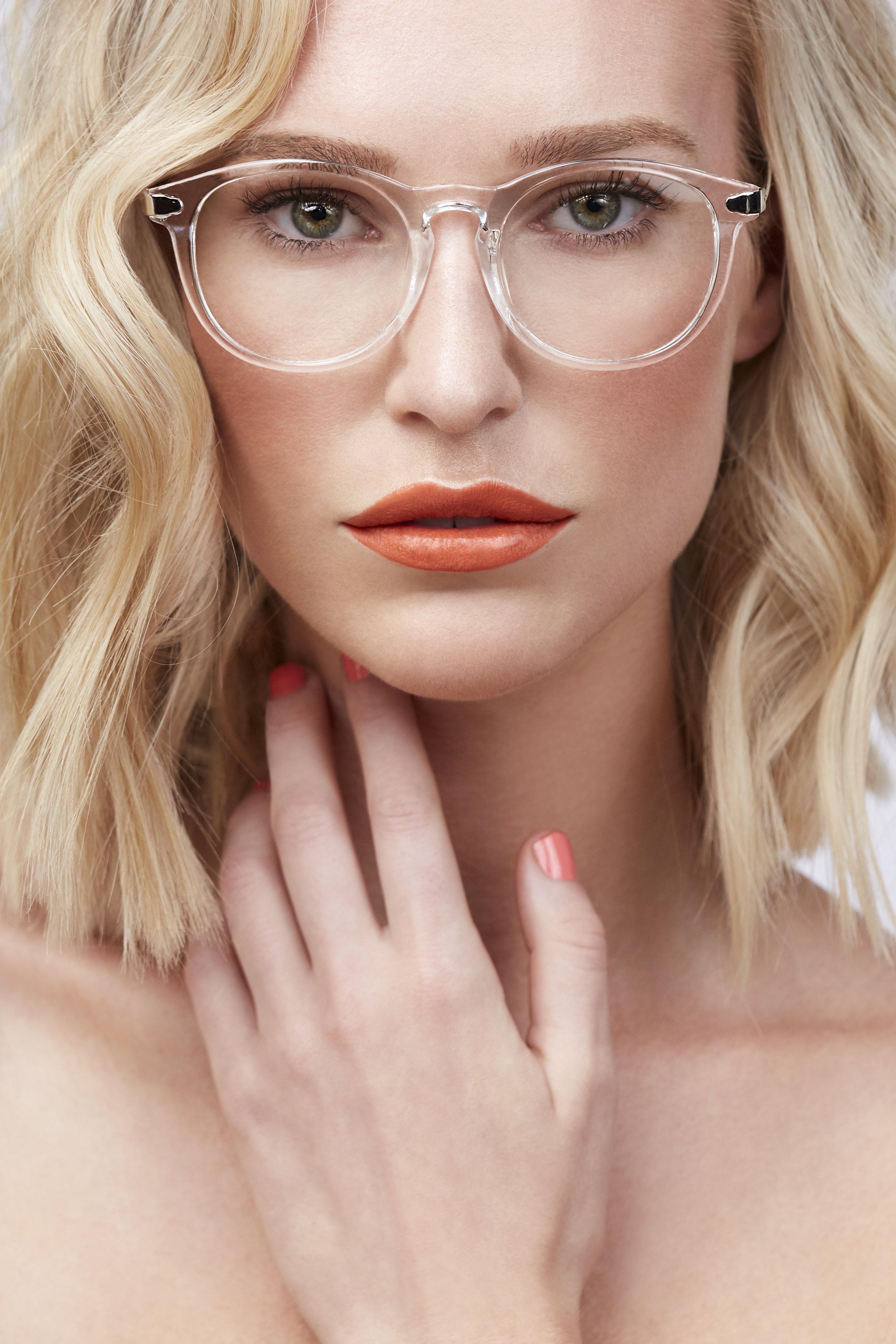 Bethany_Johnson_Editorial_Beauty_Make_Up_Bold_Lip.jpg