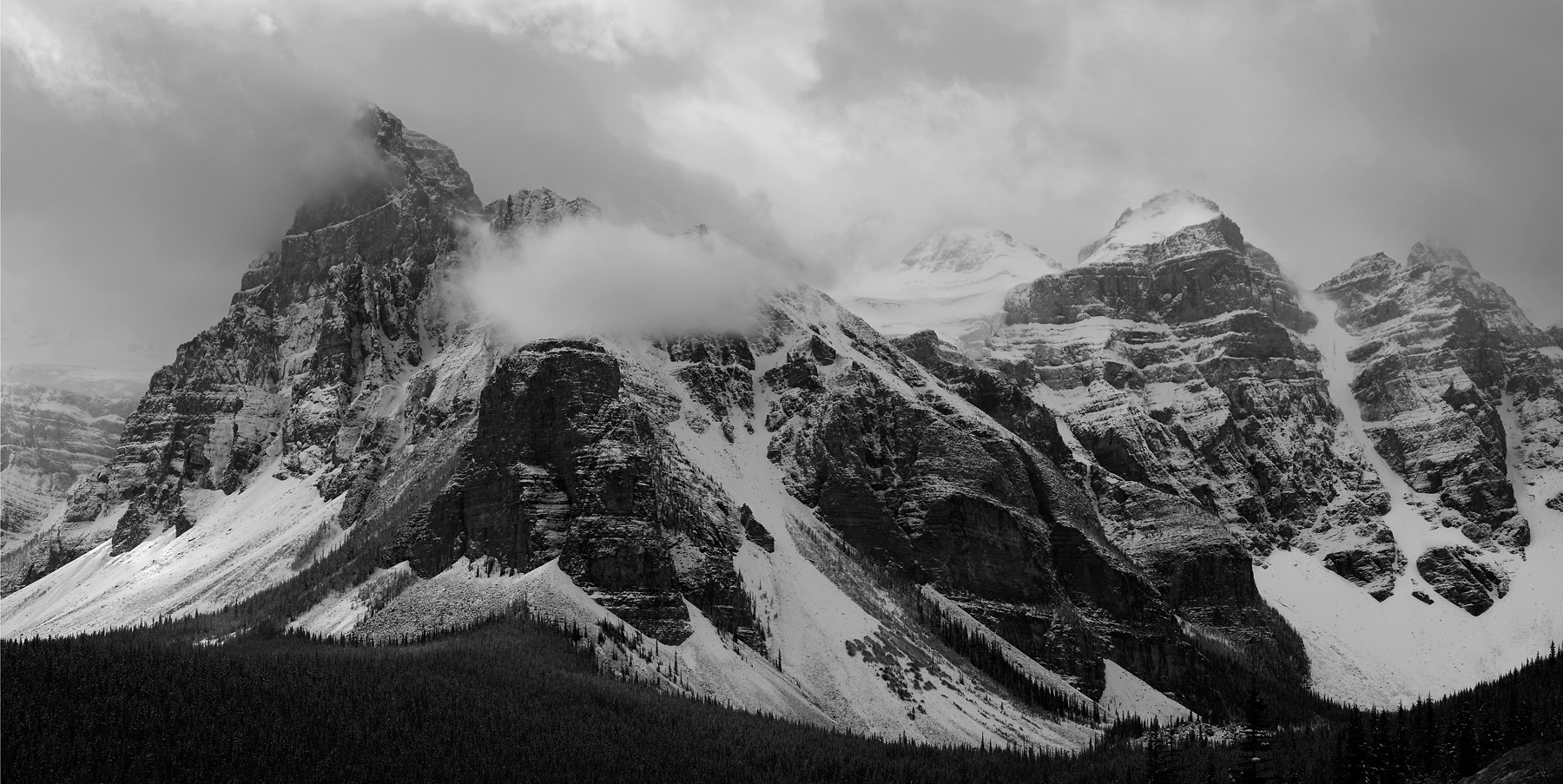 View from Road to Moraine lake