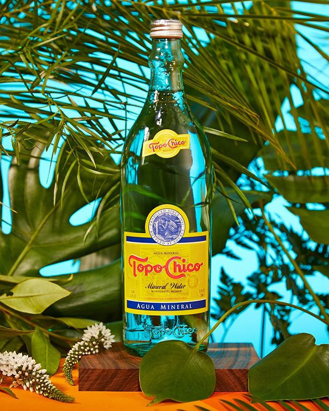 Topo Chico 🌴 summer drink crush  Shot by @alexknex  Styling and creative direction @andreanybergstylist