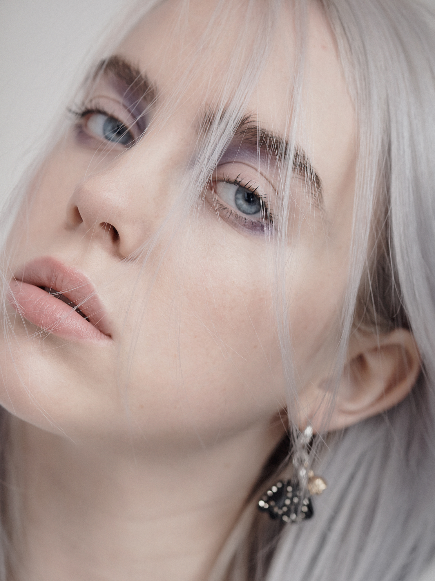 04_INTERVIEW_BILLIE_EILISH_044_RT_JR.jpg