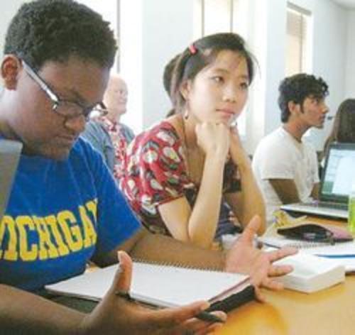 텔루르협회 서머인턴십 프로그램은 인문교육을 통한 리더십을 강조한다. [TASP 웹사이트]
