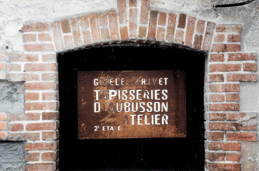 Sign on outside door leading to Gisèle Brivet's atelier. Photo credit: Elizabeth J. Buckley © 1994