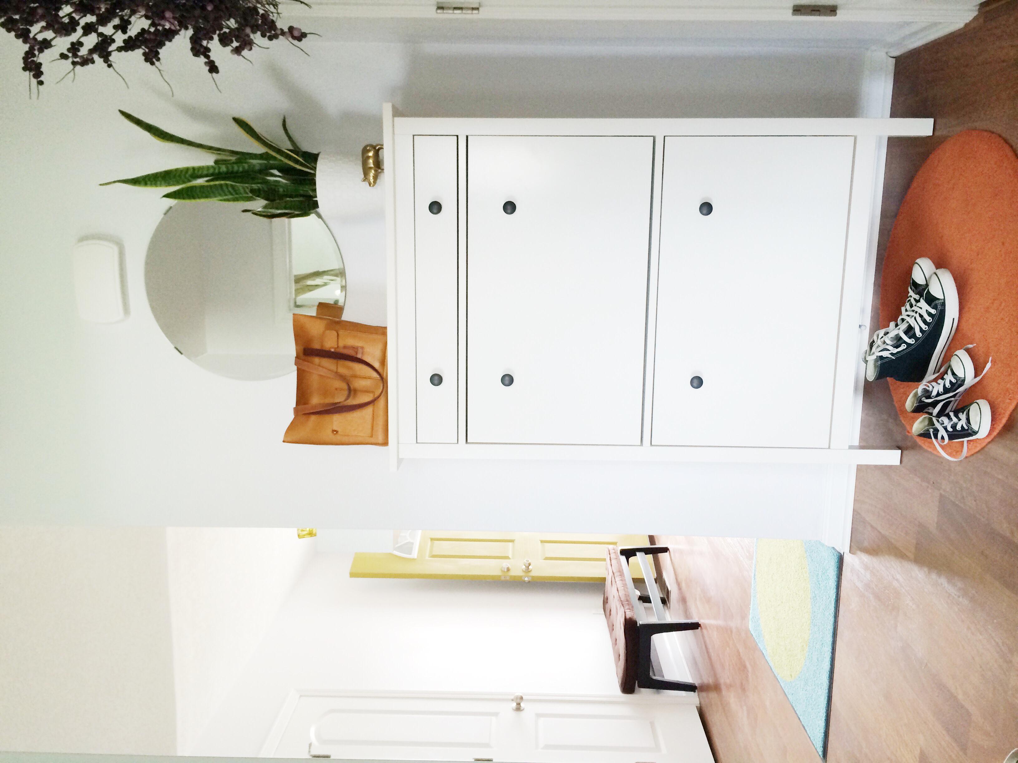 mirror  /  shoe cabinet