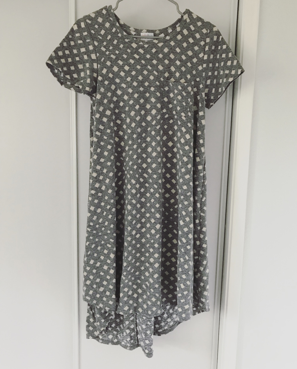 I saw someone selling this LuLaRoe Carly dress on Instagram but was a few minutes too late — thankfully eBay saved the day! If you like it, too, I just found it in   XS  ,   XS  ,   S  ,   M   and   L   for you on Poshmark!