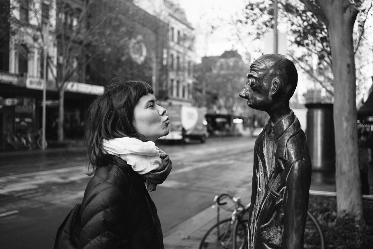 Hannah and funny statue