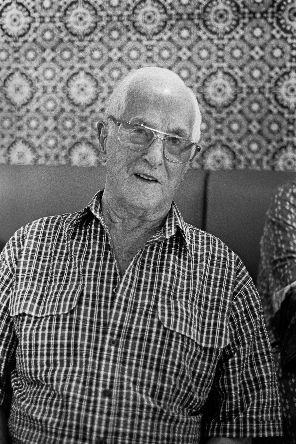 ROLL106AA017-Nick-Bedford,-Photographer-Black and White, Currumbin RSL, Film, Film Scanning, Granddad's 90th, Kodak Tri-X 400, Nikkor 50mm F1.8 AI-s, Nikon FA, Pakon F135+, Portrait, Rodinal, Summer.jpg