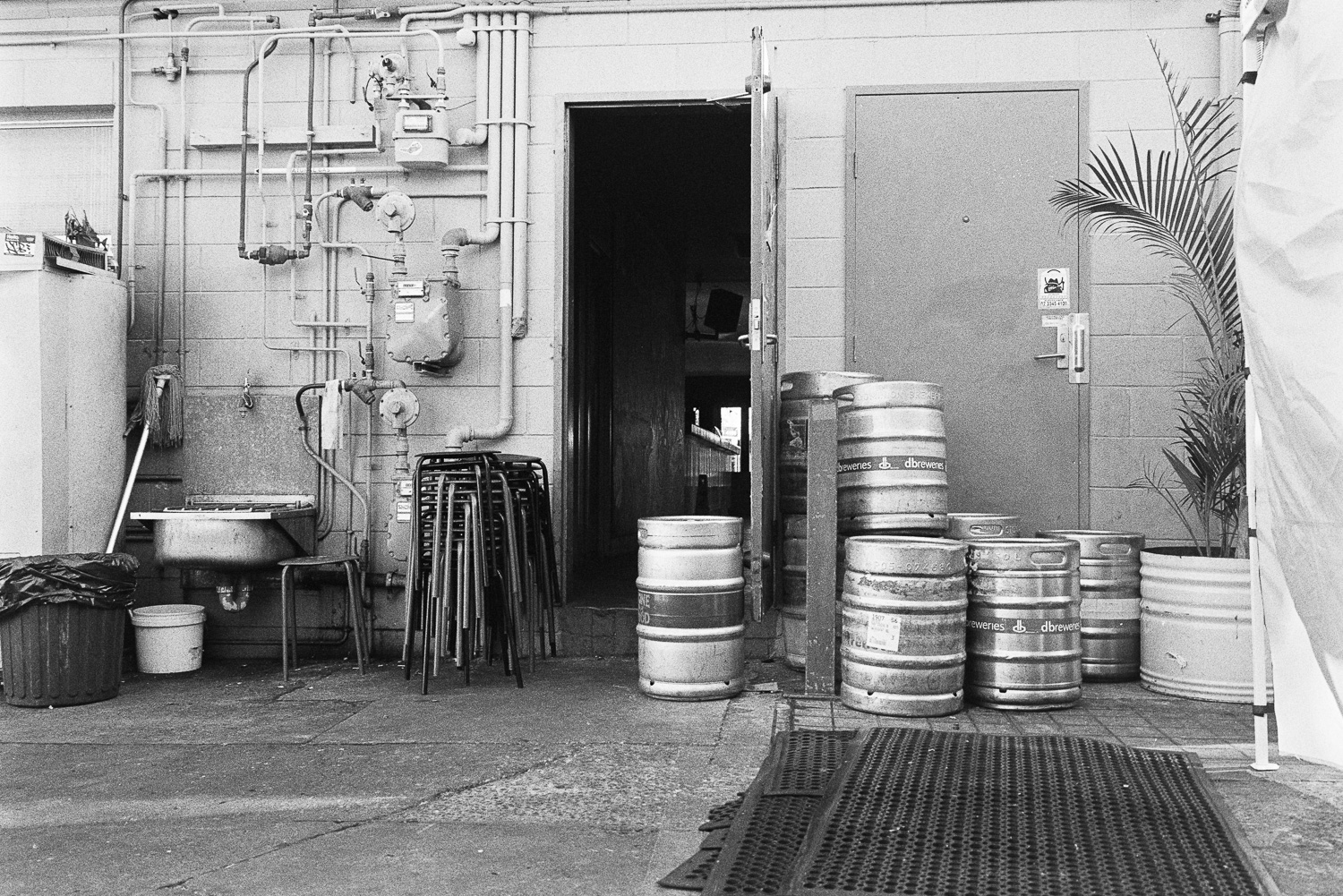 Pipes and kegs.