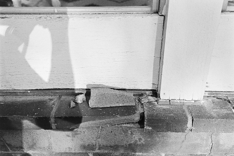 20170911 - Roll 154 - 012-Nick-Bedford,-Photographer-Black and White, Brisbane, Kodak Tri-X 400, Leica M7, Street Photography, Voigtlander 35mm F1.7 Ultron.jpg