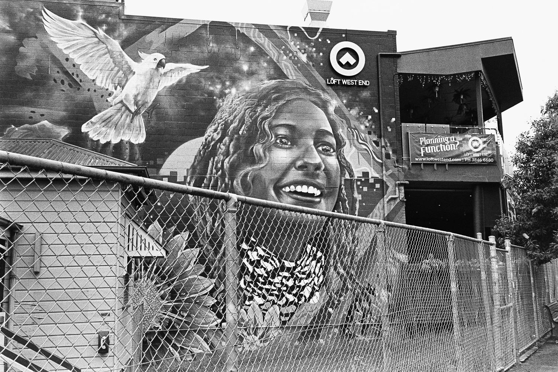 Murals everywhere.