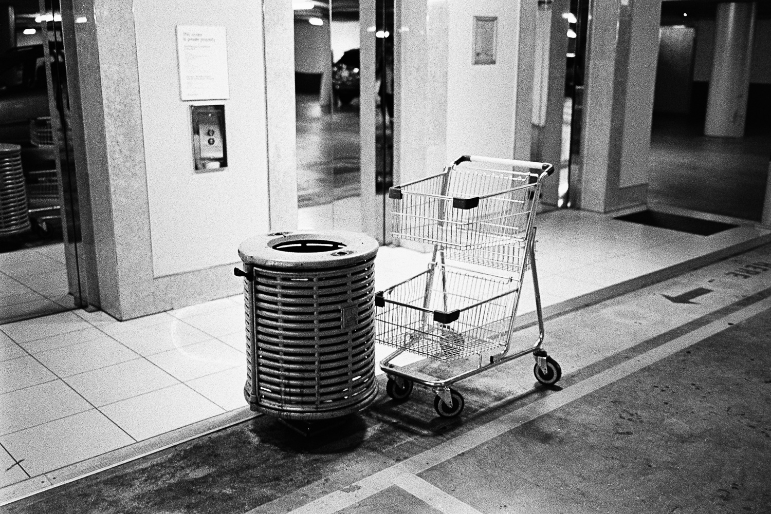 Hello, I am a trolley. What are you?