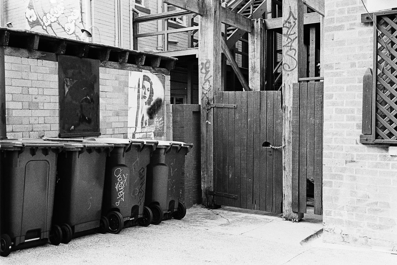 20180507 - Roll 184 - 002-Nick-Bedford,-Photographer-Black and White, Brisbane, Kodak TRI-X 400, Leica M7, Street Photography, Voigtlander 35mm F1.7 Ultron Asph.jpg