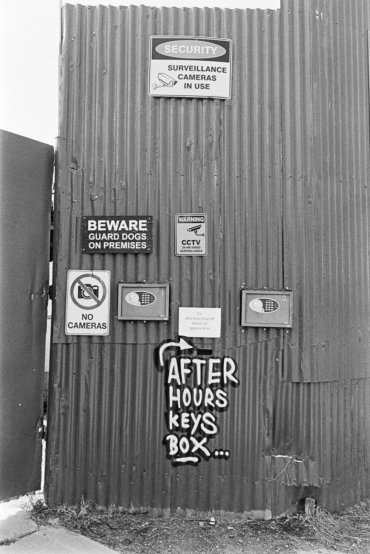 20190105 - Roll 269 - 017-Nick-Bedford,-Photographer-Black and White, Brisbane, Kodak TRI-X 400, Leica M7, Street Photography, Voigtlander 35mm F1.7.jpg