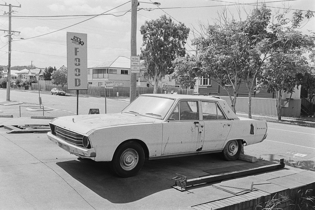 20190105 - Roll 269 - 025-Nick-Bedford,-Photographer-Black and White, Brisbane, Kodak TRI-X 400, Leica M7, Street Photography, Voigtlander 35mm F1.7.jpg