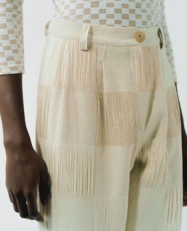 @halolabels woven pants 🤤 📸: @bennie_gay  Styling: @cwojdi  Art Direction: @bruceusherstudio