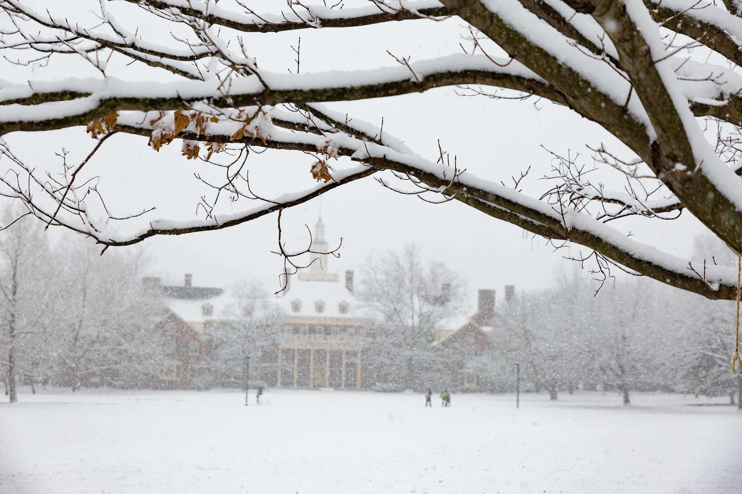 K11417 Campus Snow Scenes