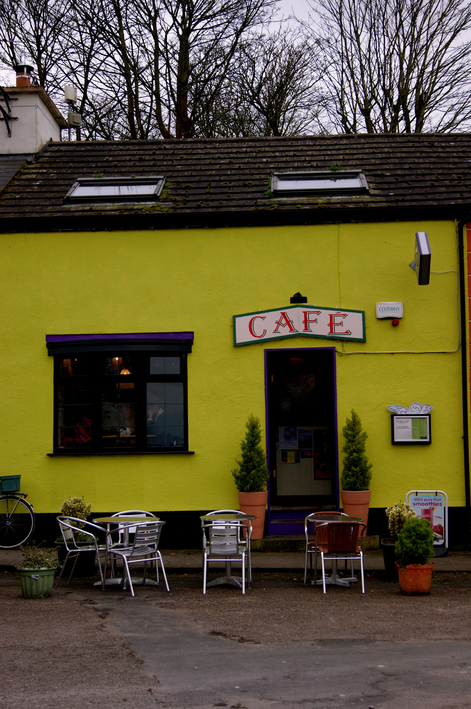 Bright little cafe