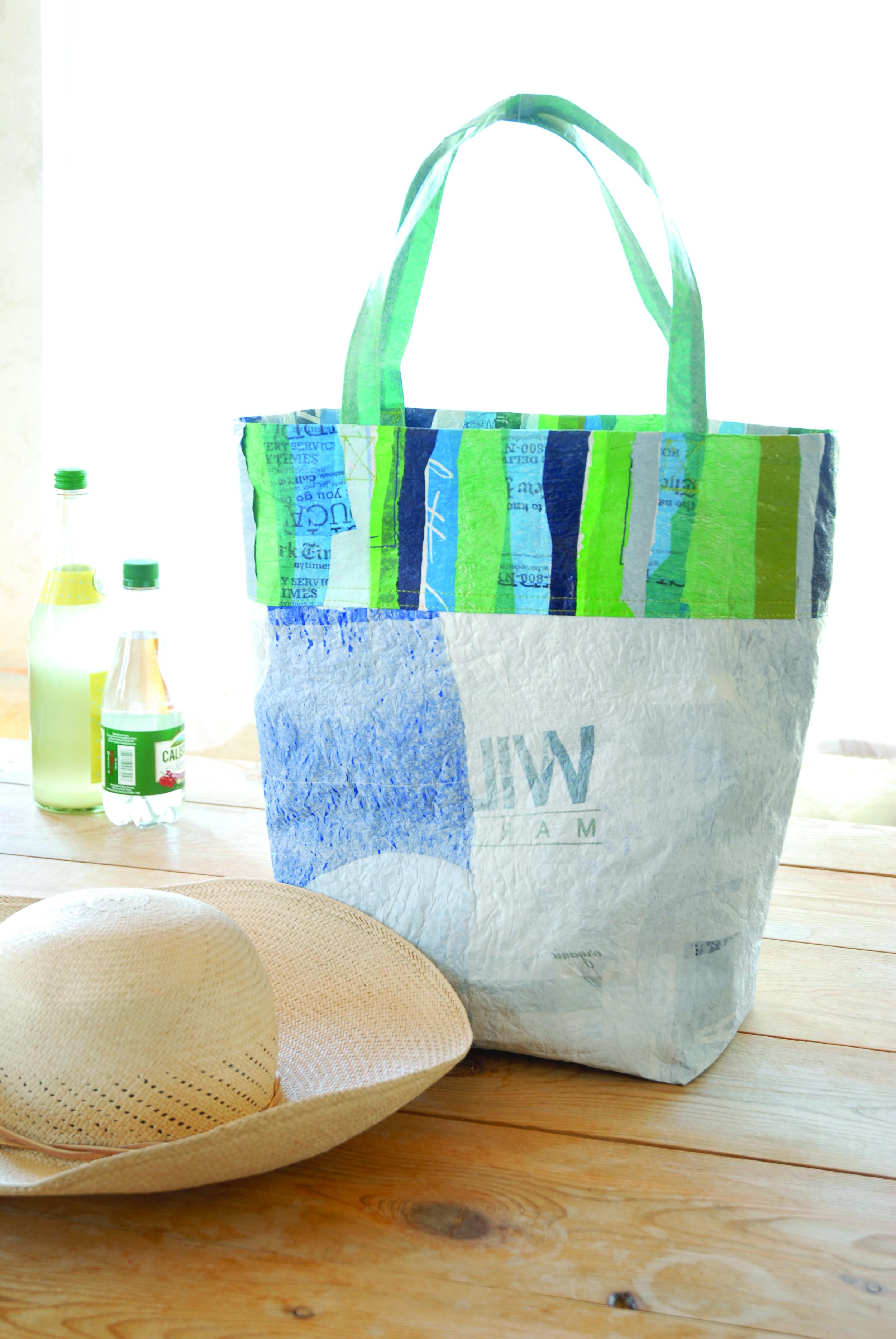 fused tote with hat bottles.jpg