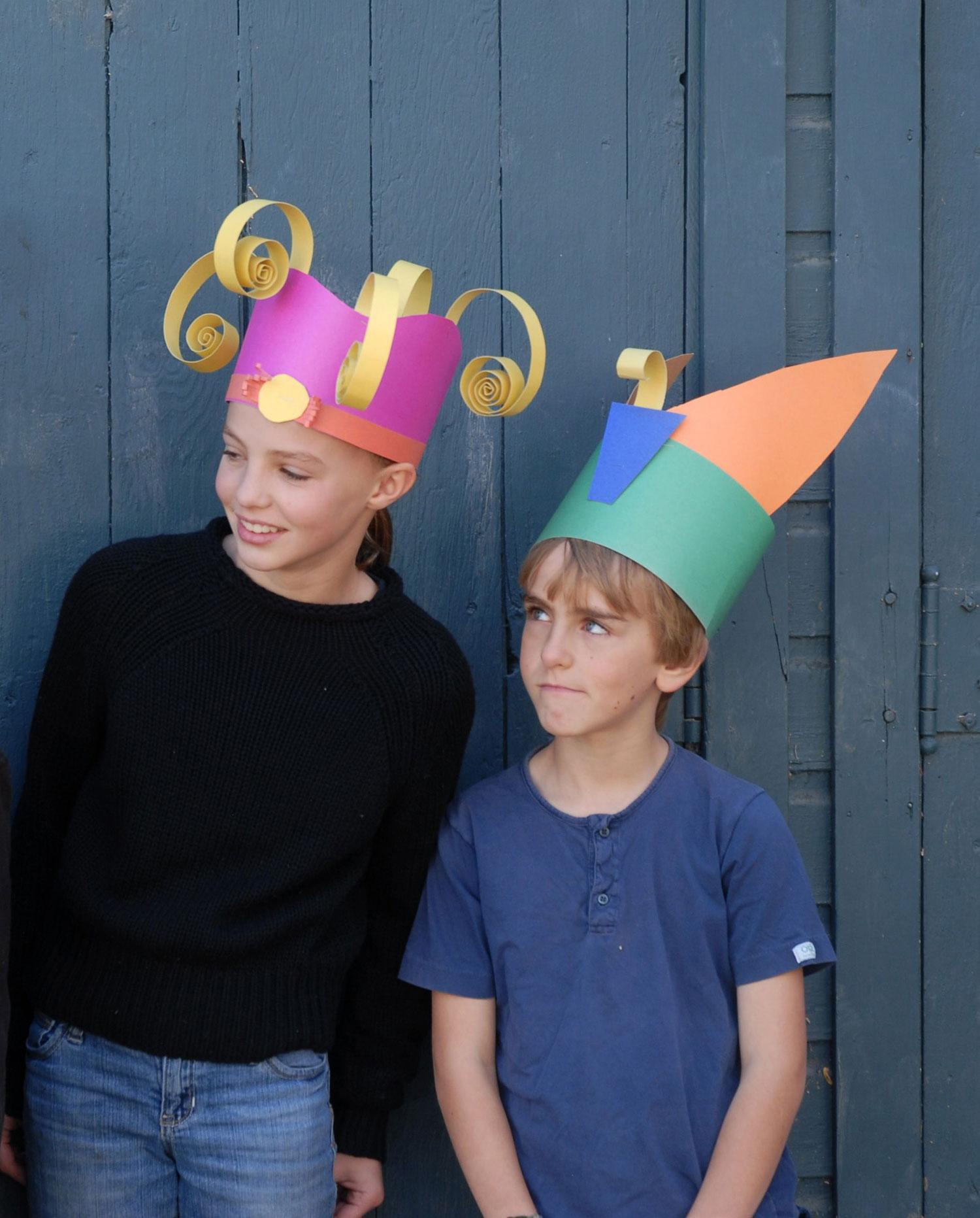 9781454702474_a253-halloween-crazy-hats-OP.jpg