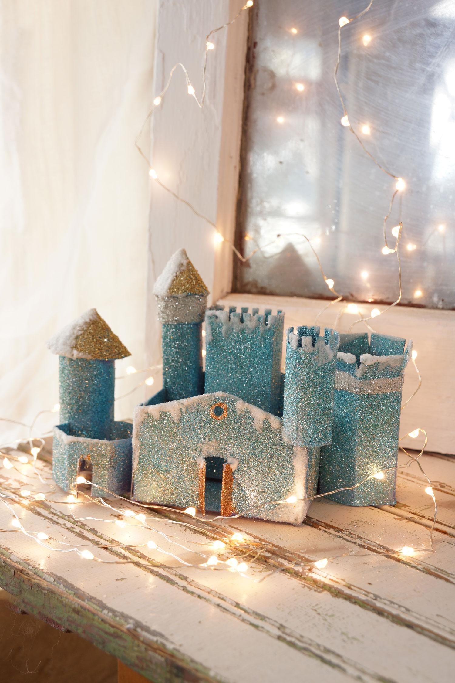 untitled-06733-xmas-castle-lights-OP.jpg