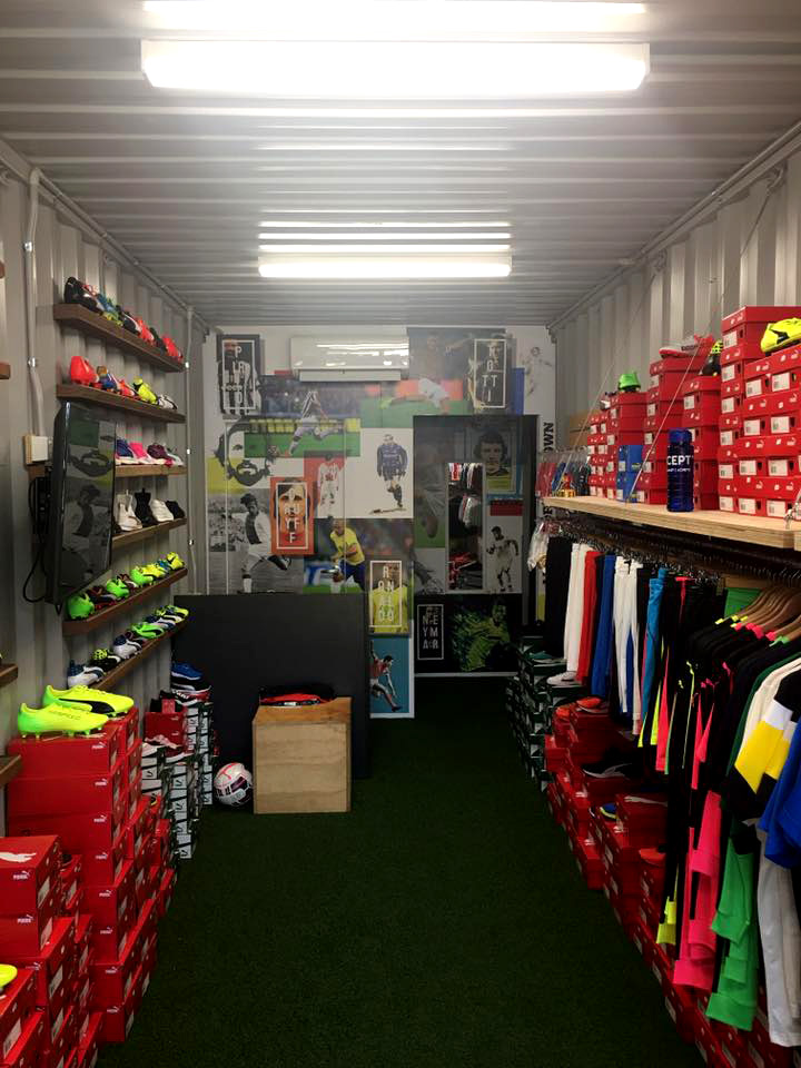 sportsclique interior container signs after.jpg