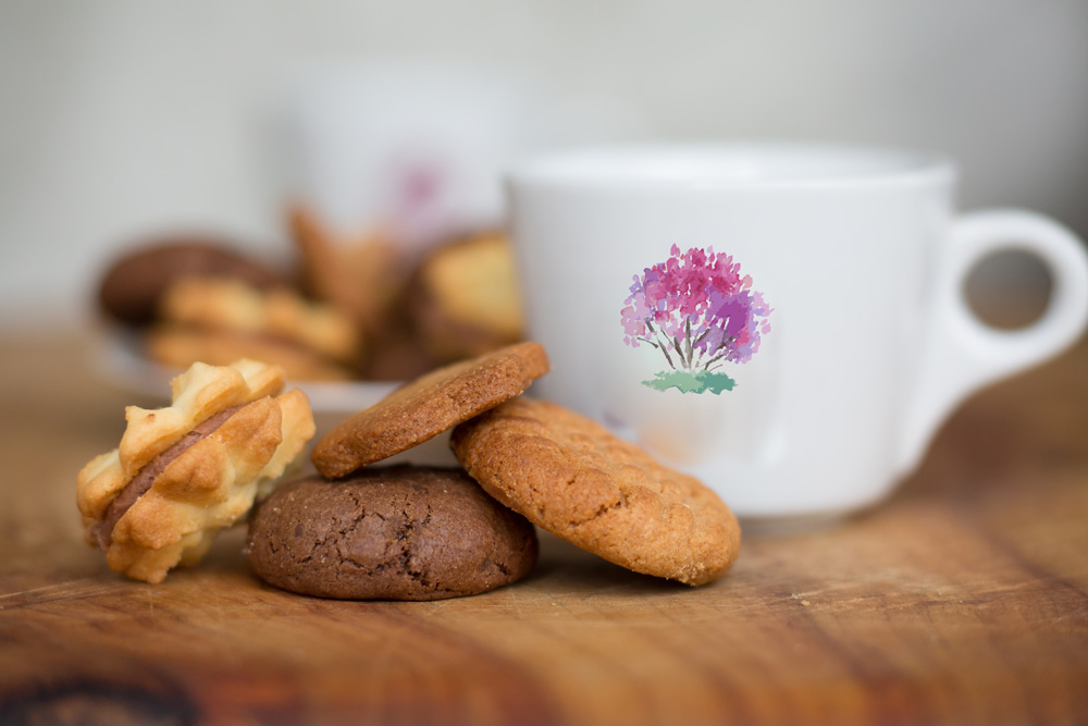 the-crepe-myrtle-tea-&-coffee-rooms-cup-biscuits.jpg