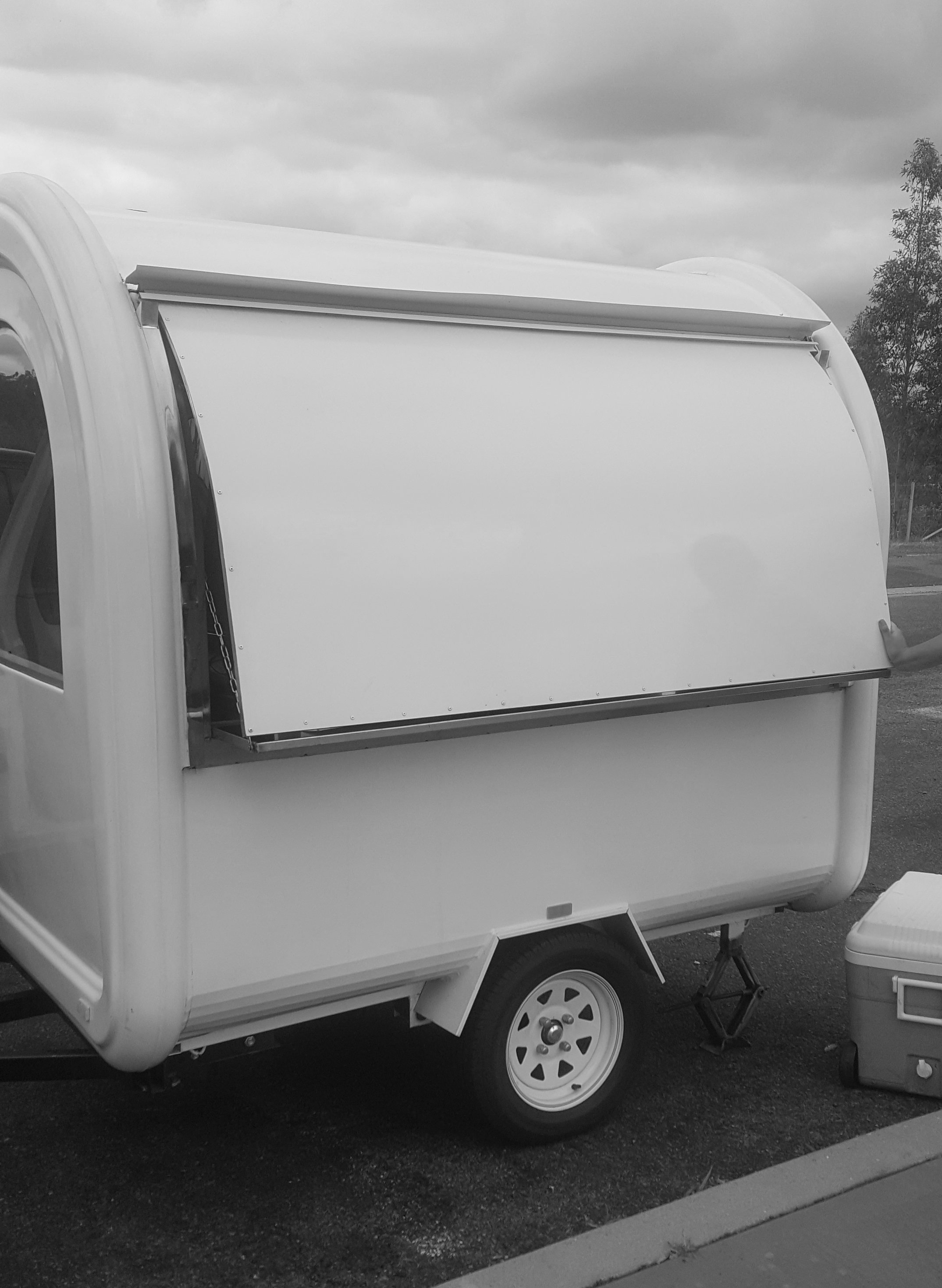 Jolly Beans mobile coffee trailer - clean and white white with great curves, before the fantastic happy makeover