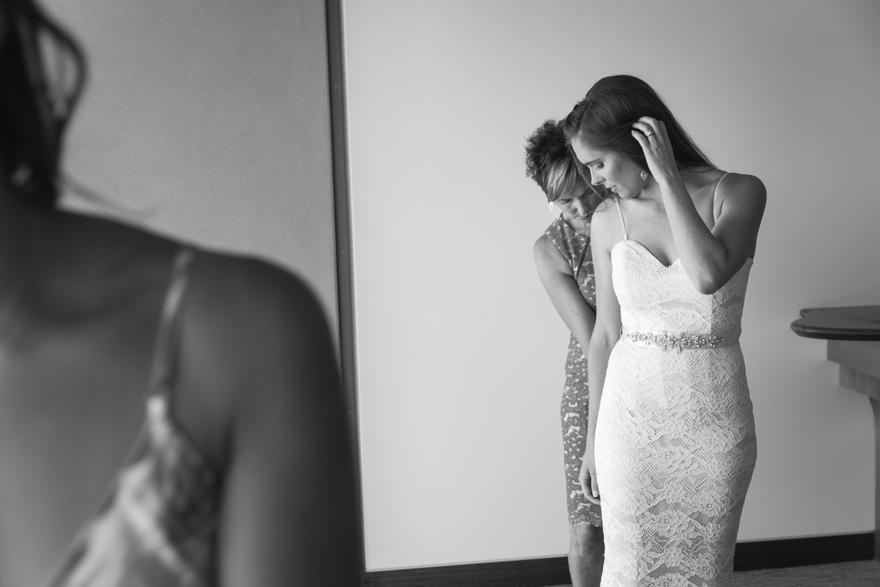 12-Byron-Bay-Wedding-Photography-T&S.jpg