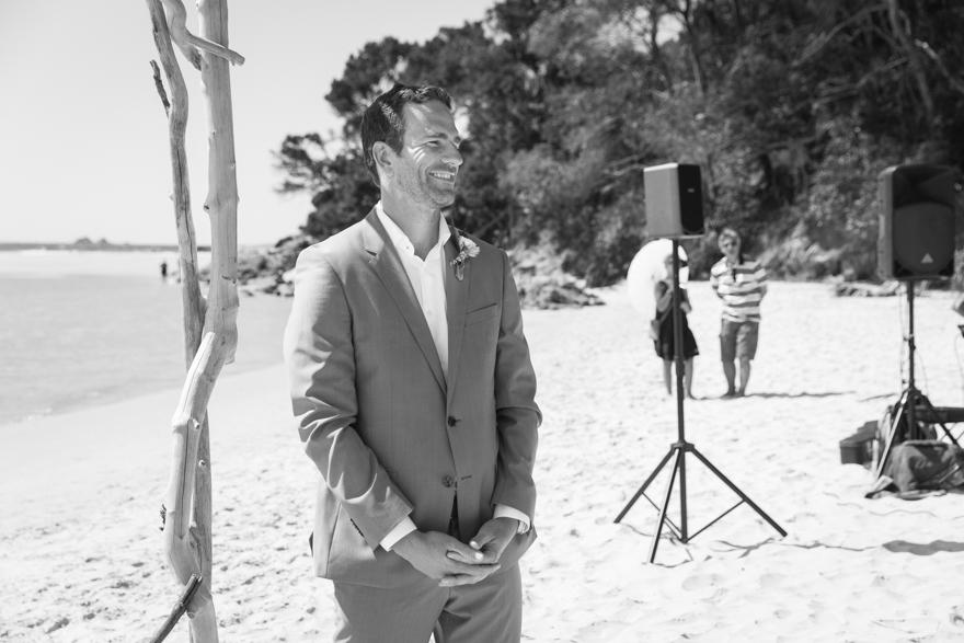 25-Byron-Bay-Wedding-Photography-T&S.jpg
