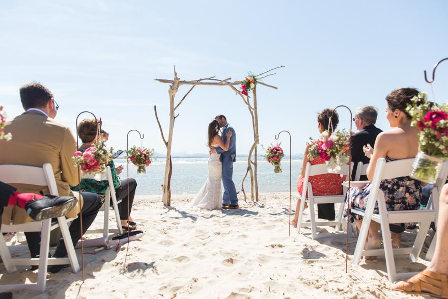 33-Byron-Bay-Wedding-Photography-T&S.jpg