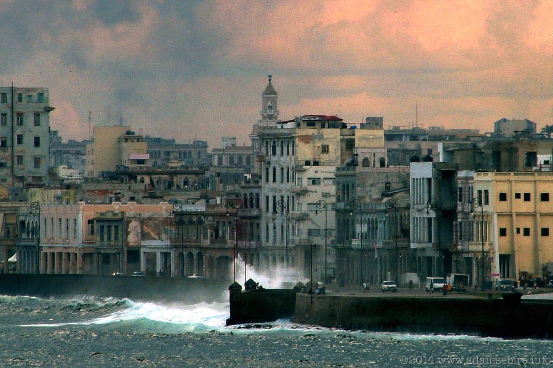 El Malecón, La Habana (Havana) Cuba
