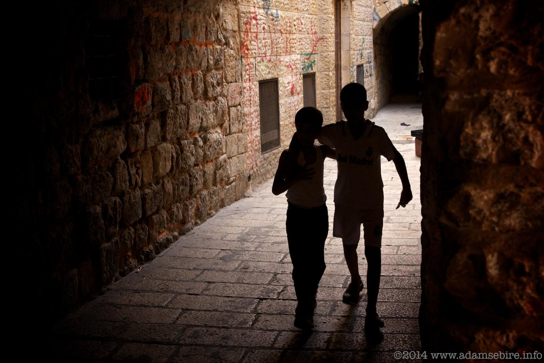 Schoolkids, Jerusalem old town